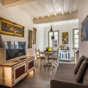 5 tourist apartment rental for holidays in the historic center of Arezzo